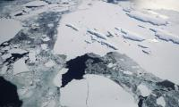 Modest warming risks ´irreversible´ ice sheet loss, study warns