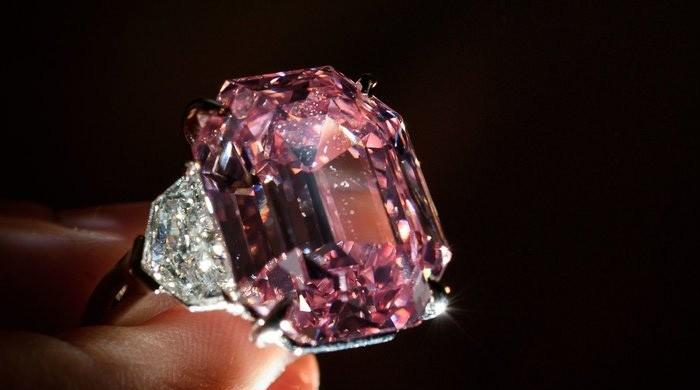Rare pink diamond fetches $50 million in price-per-carat record