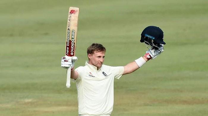 Root ton gives England 200-plus lead in second Test