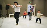 China´s youth embrace street dance amid hip-hop crackdown