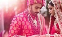 Bollywood celebs swoon over Ranveer and Deepika's wedding pictures