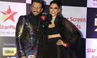Deepika-Ranveer's head-turning entry steals show at Star Screen Awards