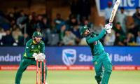 South Africa v Pakistan 1st ODI scoreboard