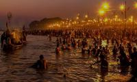 Foreigners gather at India´s religious mega festival