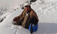 Swat polio workers win hearts online after snow video goes viral
