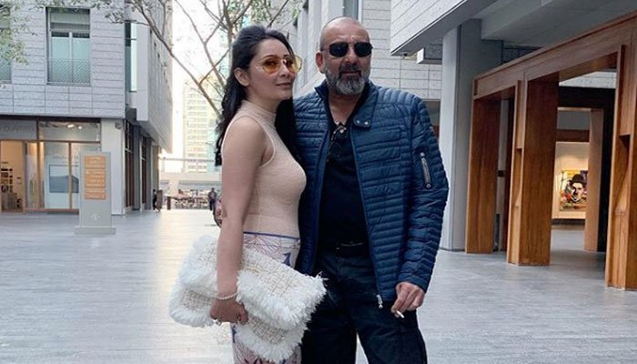 PDA pictures of Sanjay Dutt, wife Maanayata go viral