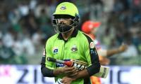 Mohammad Hafeez ruled out for remainder of PSL 4
