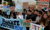 'No Planet B´: Thousands join global youth demo for climate