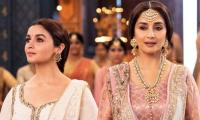 Kalank: Fans left awestruck by Madhuri Dixit, Alia Bhatt in 'Ghar More Pardesiya'