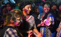 Hindu community celebrates Holi in Karachi