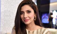 Mahira Khan extends Holi greetings to Hindu community