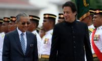 Pakistan, Malaysia likely to sign $900 million investment deals during Mahathir's visit: report