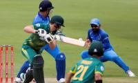 Sri Lanka put South Africa in to bat for Centurion T20