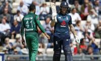England win the toss, opts to bat first against Pakistan in fifth ODI