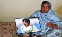Pakistan´s Amir targets India, inspired by memory of late mother
