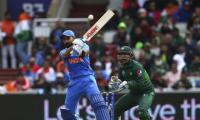Poor fielding continues to hamper Pakistan against India