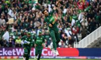 Shaheen flies high in must-win New Zealand clash