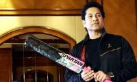 Sachin Tendulkar sues Aussie batmaker over licensing deal