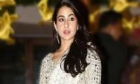 Sara Ali Khan spotted rushing at airport