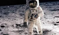 Man's first steps on the Moon, reported live by AFP