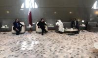 PM Imran meets CEO Qatar Airways en route to US