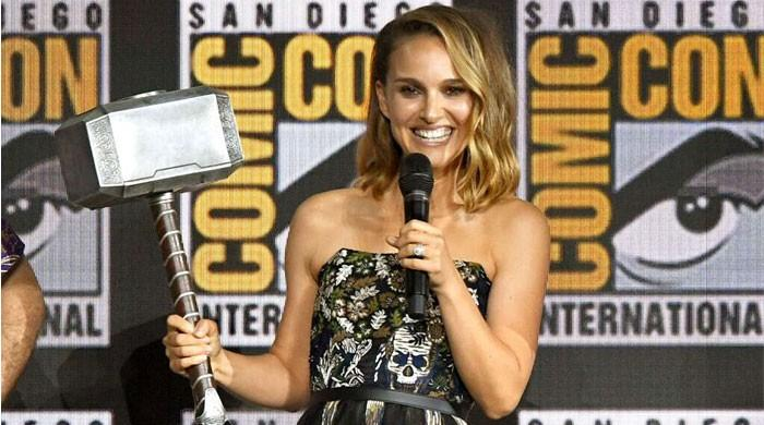 Natalie Portman to play female Thor in the Marvel's 4th film in the series