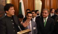 PM Imran vows to help US in finding peaceful solution to Afghan war