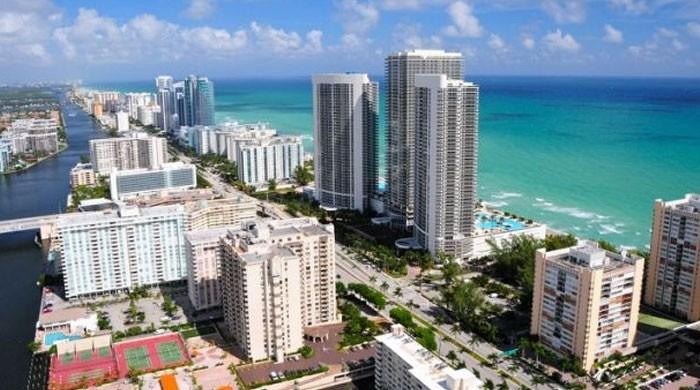 Miami: beach parties, gators on golf courses...and new tech hub?