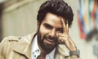 Yasir Hussain condemns celebs staying silent on Kashmir issue to save Indian fan base