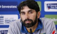 Misbah refutes rumours of applying for post of Pakistan head coach