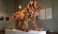 Leonardo da Vinci´s mechanical lion goes on display in Paris