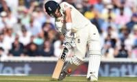 Australia´s Ashes hopes fade as England dominate fifth Test