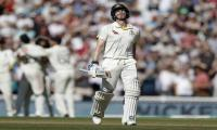 Smith out as England close on Ashes-levelling win