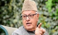 Indian forces detain former Occupied Kashmir CM Farooq Abdullah