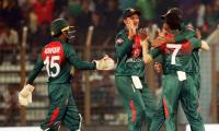 Bangladesh beat Zimbabwe to qualify for tri-series final