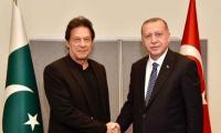 PM Imran discusses Kashmir, bilateral ties in meeting with Erdogan