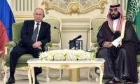 Russia, Saudi Arabia sign key oil deal