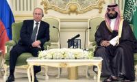 Russia, Saudi Arabia seal key oil deal