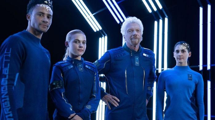 Virgin Galactic unveils commercial space suits