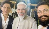Aamir Khan, Shahrukh Khan leave netizens fuming for supporting Modi's initiative
