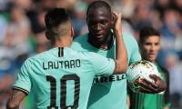 Inter Milan survive late Sassuolo scare to win 4-3