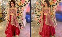 Aima Baig shows her grace in red bridal dress for her 'Yar Ki Shahdi'
