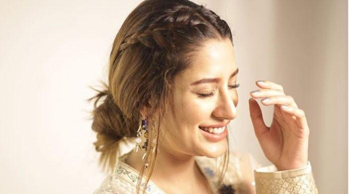 Mehwish Hayat's spicy message for baby girl attracts hilarious response