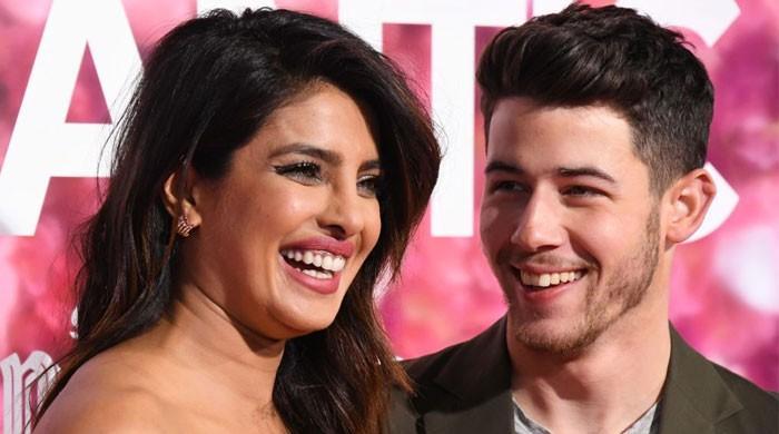Priyanka Chopra, Nick Jonas give a glimpse inside their Christmas Eve - The News International