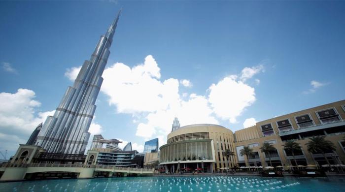 Dubai plans record spending to revive flagging economy