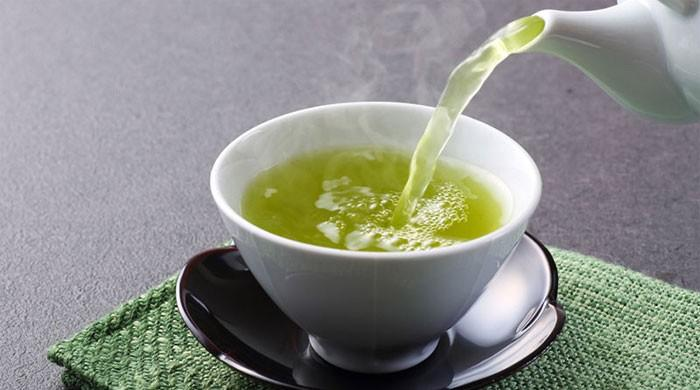 Researchers say 'habitual green tea drinkers could live longer'