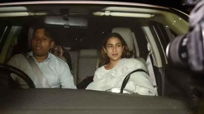 Sara Ali Khan looks stunning in white shalwar suit: pictures inside - The News International