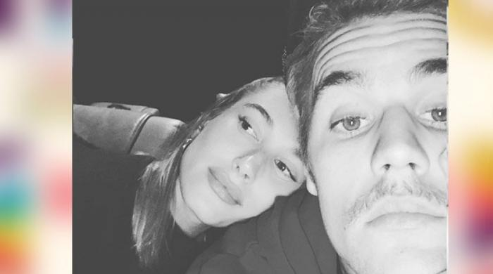 Justin Bieber shares adorable selfie with his bae - The News International