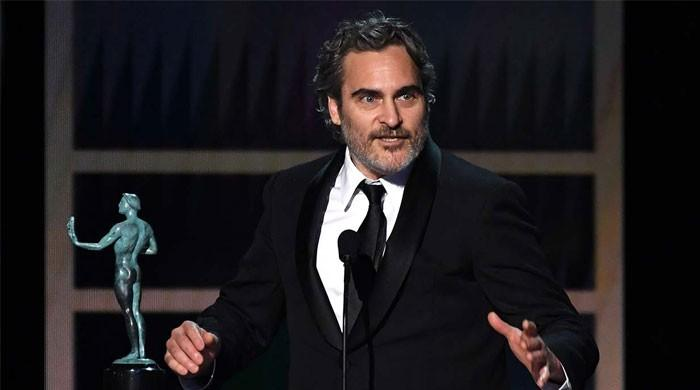 Joaquin Phoenix dedicates his SAG Award to late Heath Ledger - The News International