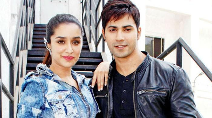 Fans root for Varun Dhawan, Shraddha Kapoor to tie the knot